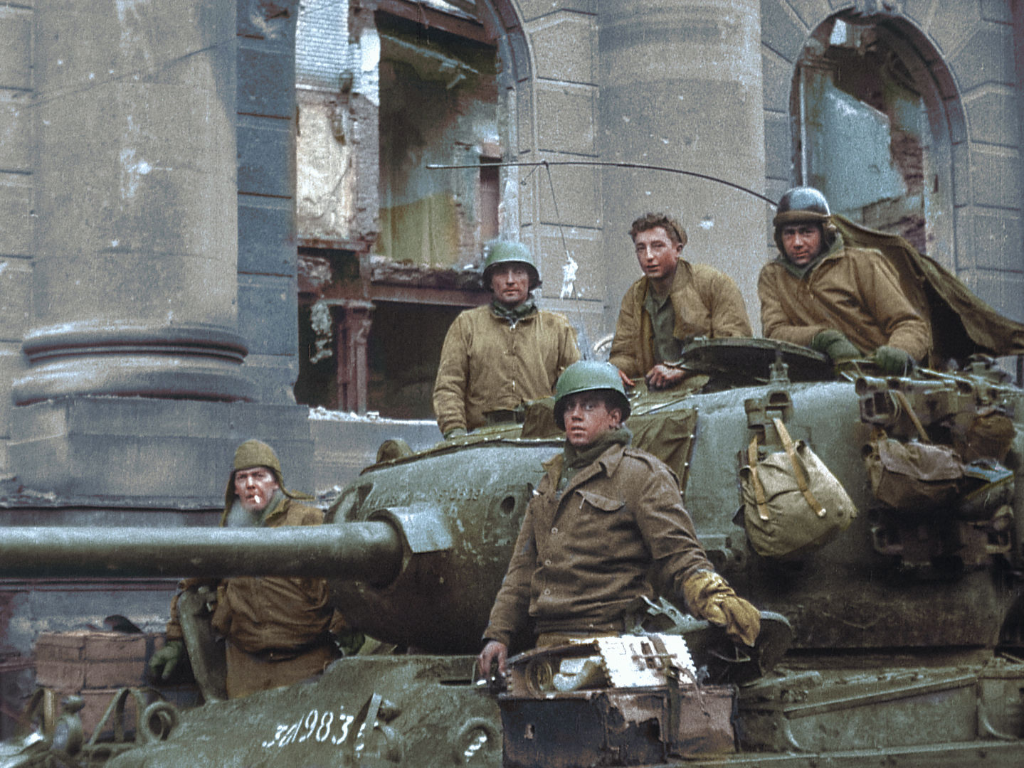 WW2 Veteran – 1st Armored Division – Talks about his Experiences