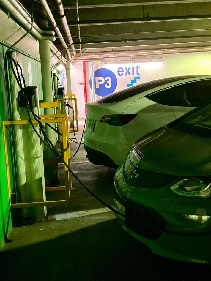 charging electric vehicles public stations vail parking garage